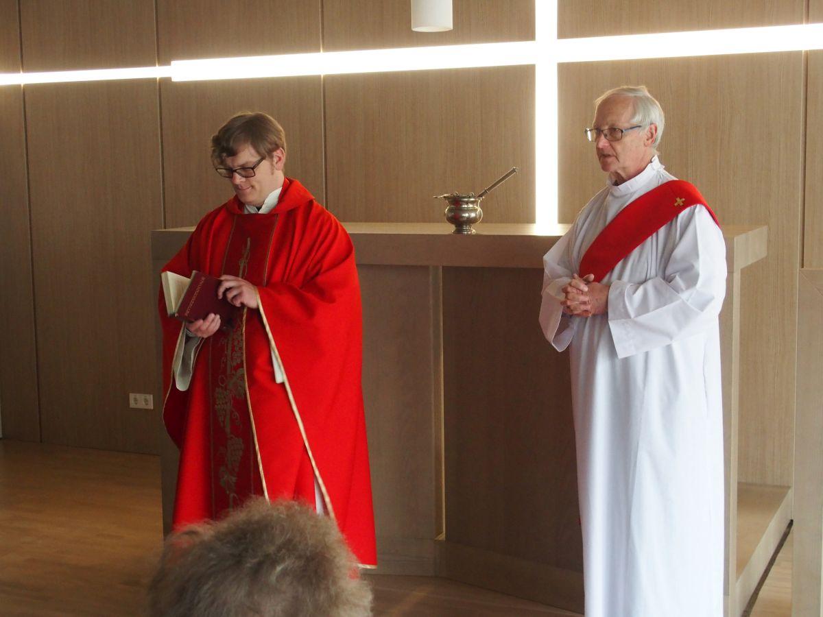 erste hl. Messe in der neuen Kapelle im Landespflegeheim